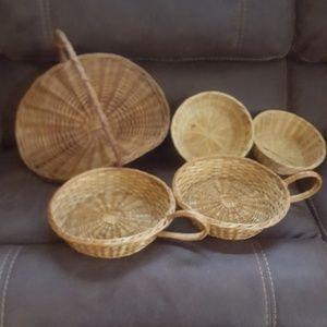 5 vintage baskets